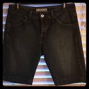 Levi's 545 style dark wash denim shorts, new!